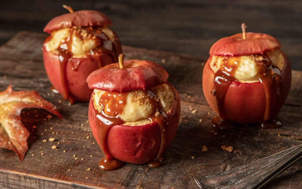Cheesecake stuffed caramel apples