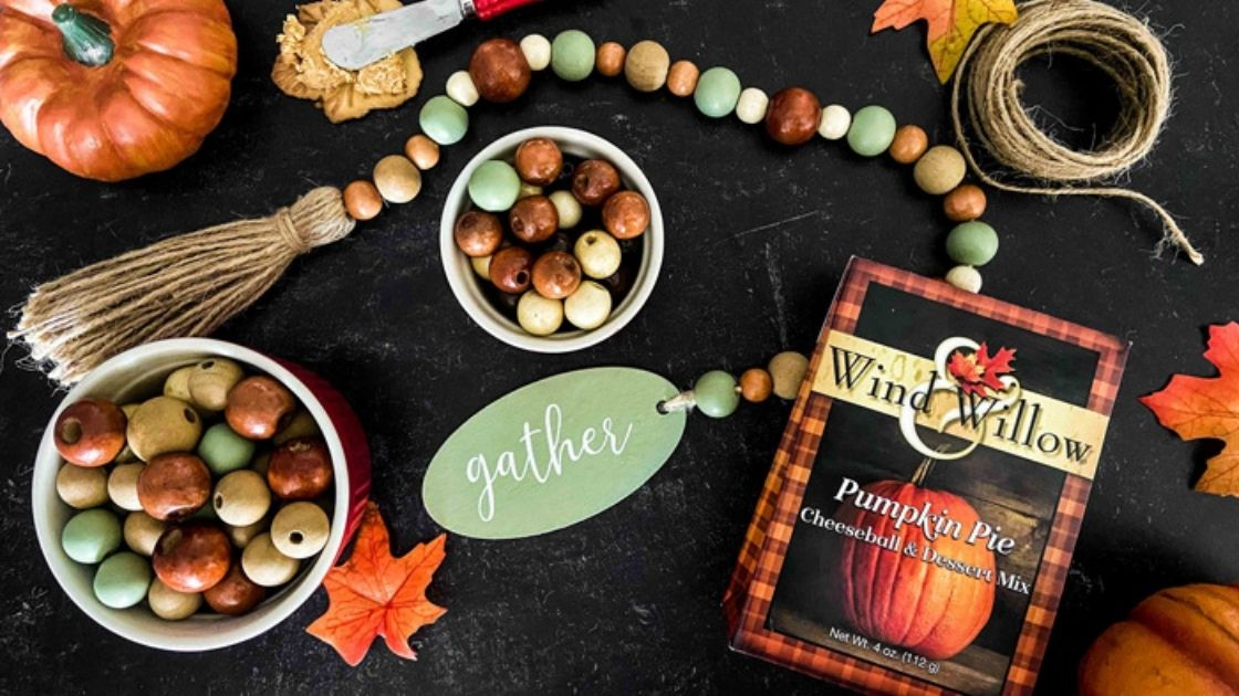 How to Host a Fall Craft Night with your Friends